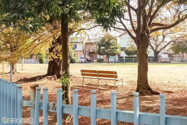 川越的場 高速バス乗り場付近の公園