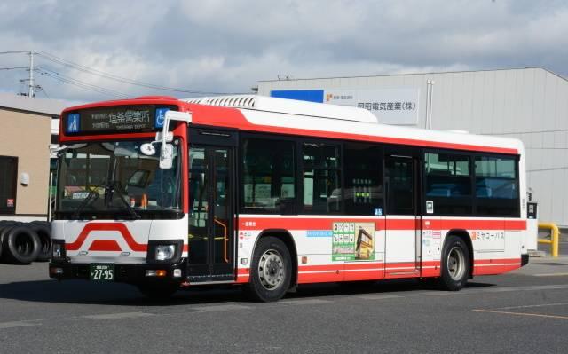 宮城交通グループを代表する最新の一般路線車、いすゞエルガ2DG-LV290N2。名鉄グループながら新車の車種選択は競争入札が基本で、近年はエルガの採用が相次ぐ。写真はミヤコーバス塩釜営業所所属車。なお新車導入の一方で名鉄バスからの移籍車も少なくない