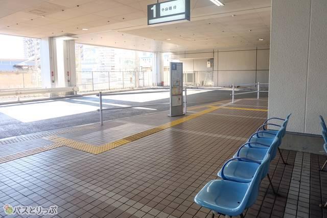 町田ターミナルプラザバス乗り場の様子