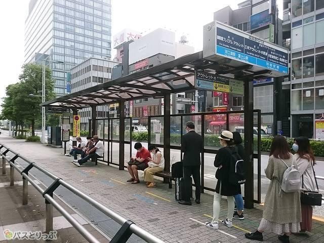 品川駅東口(港南口)