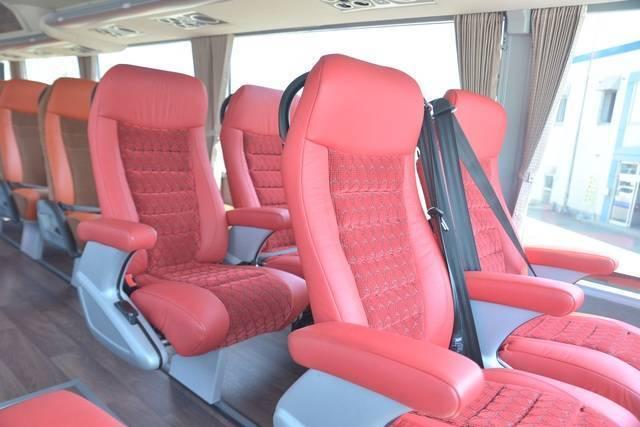 2階席のワイドビューシート(画像提供:岩手県北バス)