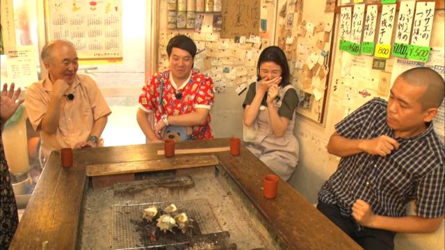 囲炉裏を囲む4人.png