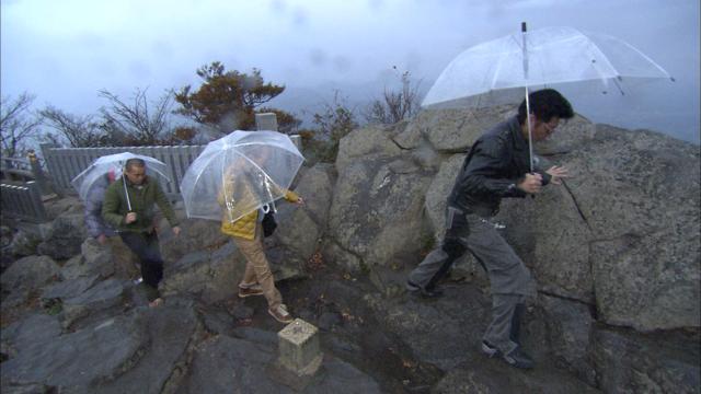 雨登山③山頂付近.jpg