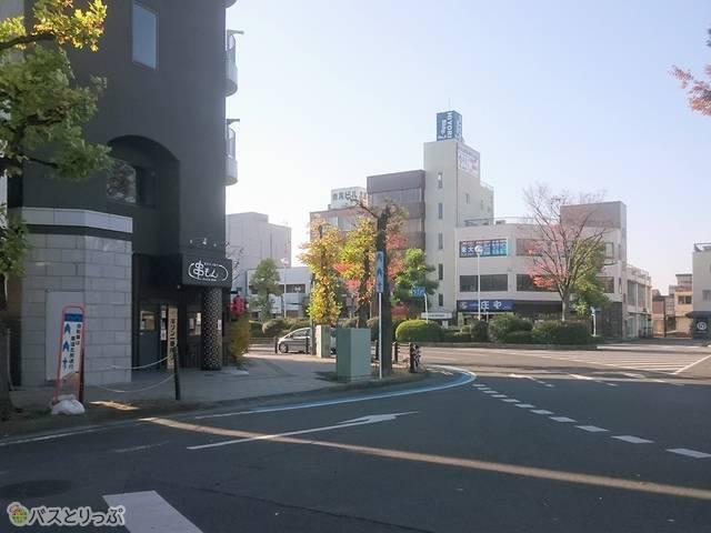 新前橋駅前交差点まで進みましょう