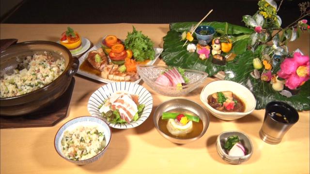 黒豚懐石①料理引き.png