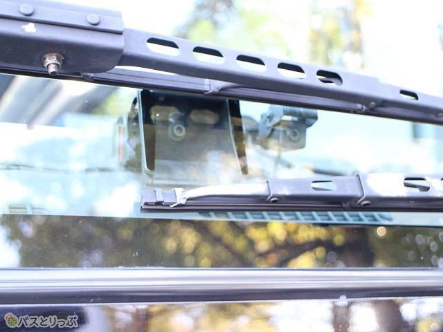フロントガラスのカメラ.jpg