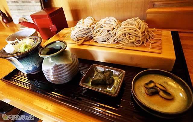 十割蕎麦は1日限定20食!(1,050円)
