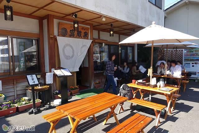 「富蔵家」は小布施のメインストリート沿いの人気店