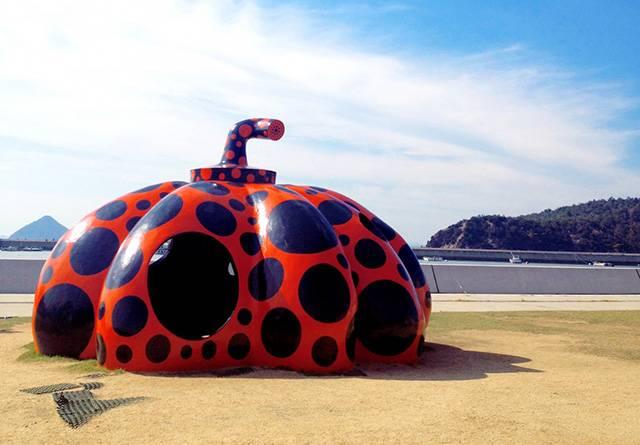 直島の赤いかぼちゃ