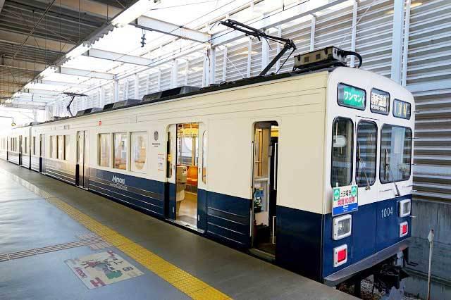 上田電鉄別所線で活躍した「丸窓電車」をイメージした車両